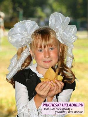 Праздничная укладка волос для школьниц на 1 сентября