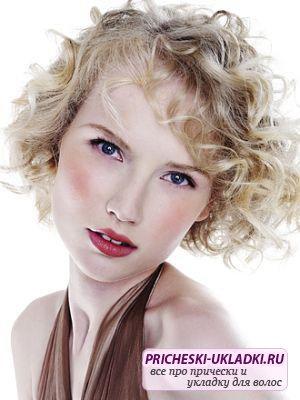 Локоны на короткие волосы - красиво и модно