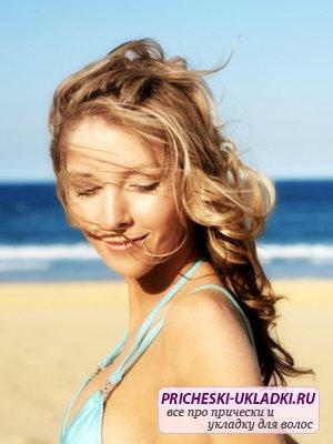 Как защитить волосы от солнца летом?