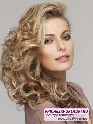 Как сделать прическу на длинные волосы: полезные рекомендации