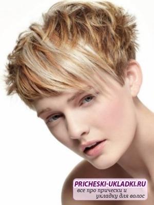Как сделать укладку коротких волос: полезные советы