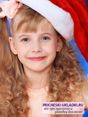 Детские праздничные прически на Новый год