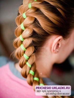 Как заплести косу с лентой правильно?