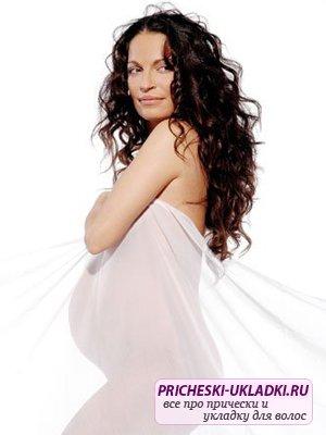Стричь волосы при беременности: можно или нет?